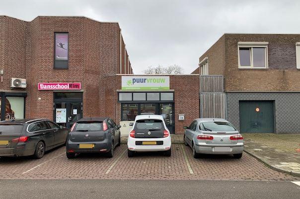 Bekijk foto 2 van Oranjestraat 19