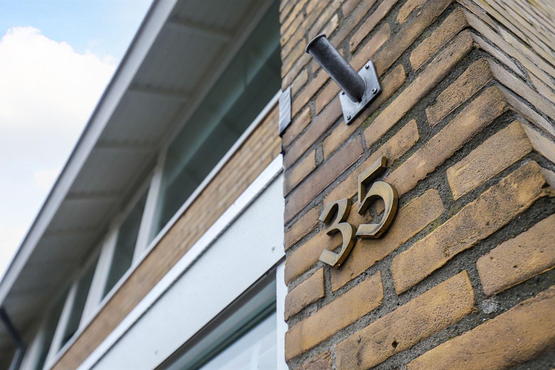 Bekijk foto 2 van Peter van Anrooystraat 35