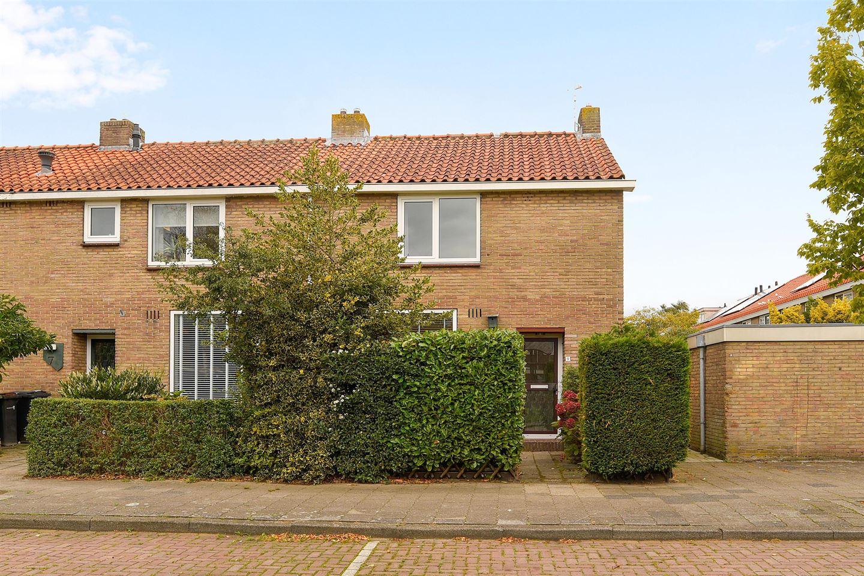 Bekijk foto 1 van Rijnstraat 9
