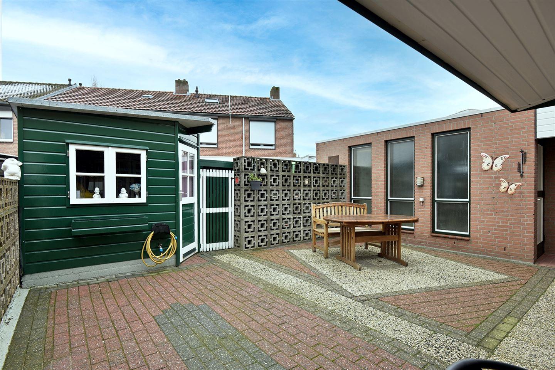 View photo 2 of Stadhouderstraat 39