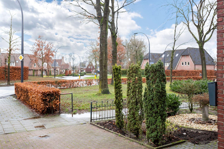 Bekijk foto 4 van Seringenstraat 2