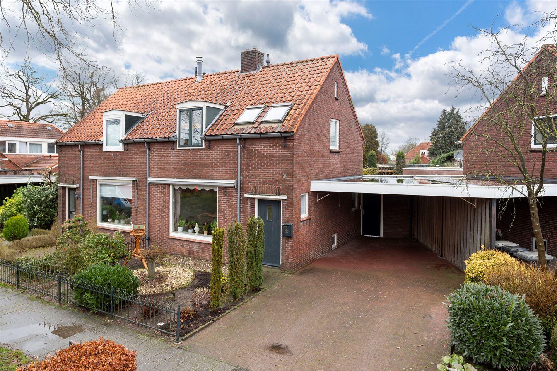 Bekijk foto 1 van Seringenstraat 2