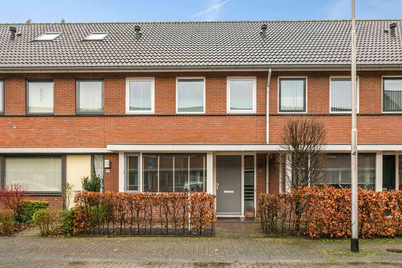 View photo 1 of Raamsdonkstraat 52