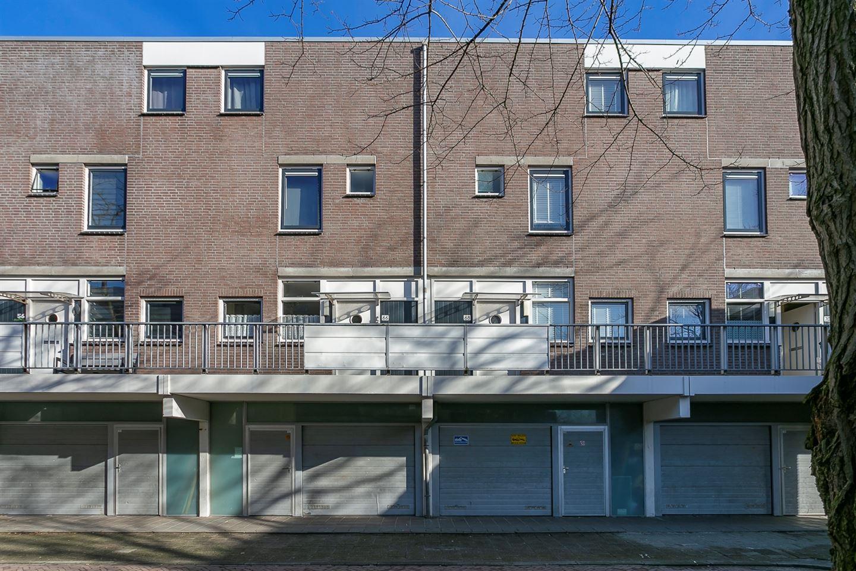 Bekijk foto 5 van Albert Rousselstraat 68
