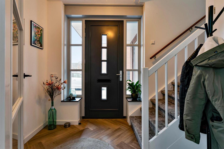 Bekijk foto 5 van Marie Baronstraat 36