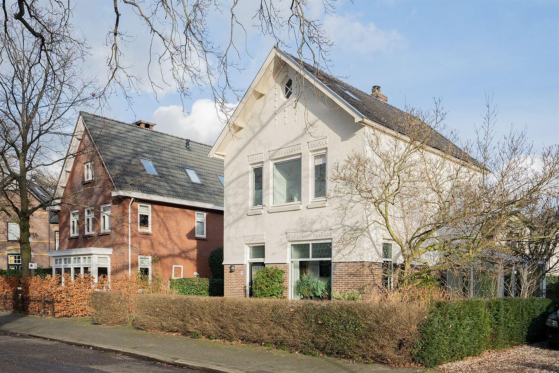 Bekijk foto 3 van Graaf Van Lijndenlaan 18