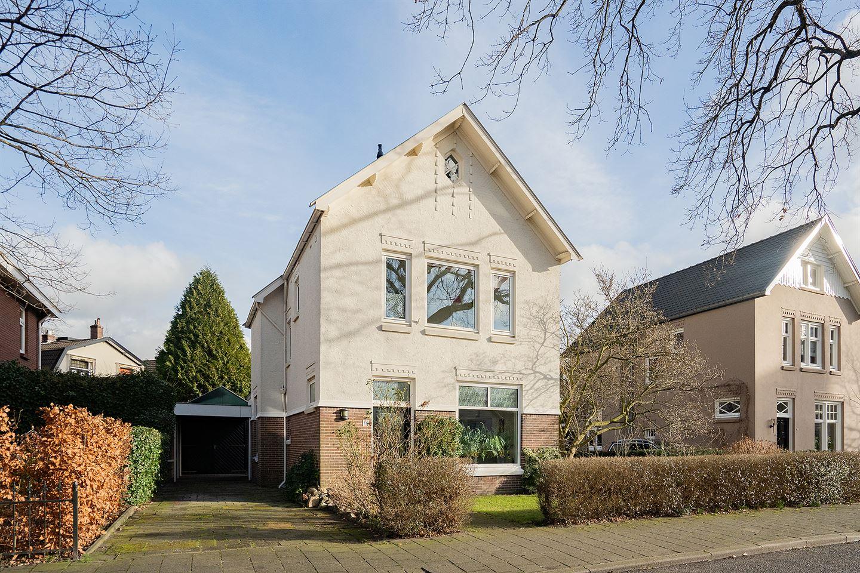 Bekijk foto 4 van Graaf Van Lijndenlaan 18