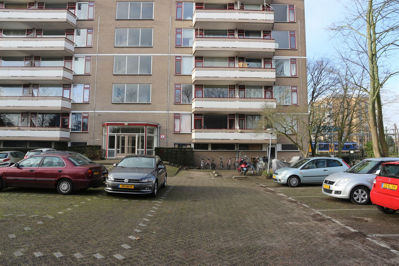 Bekijk foto 2 van Haagplein 25