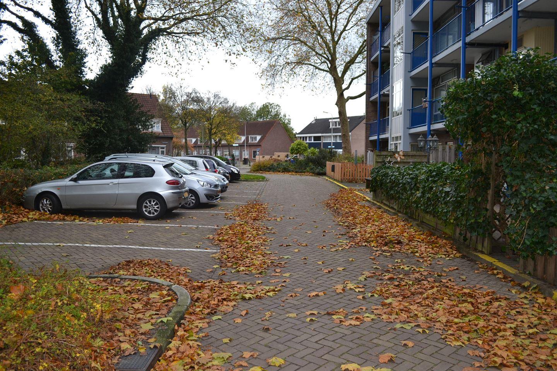 Bekijk foto 2 van Dr Dassenstraat 3