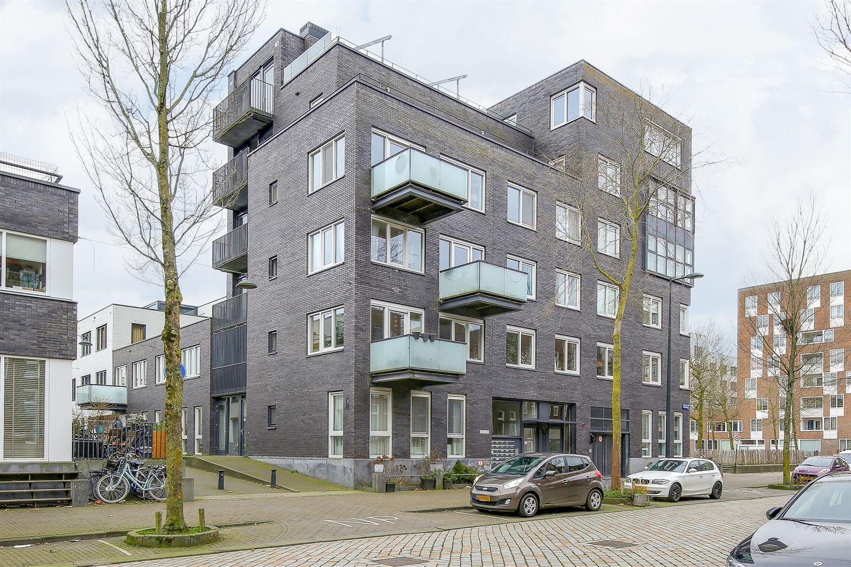 Bekijk foto 2 van Johan van der Keukenstraat 204 +PP