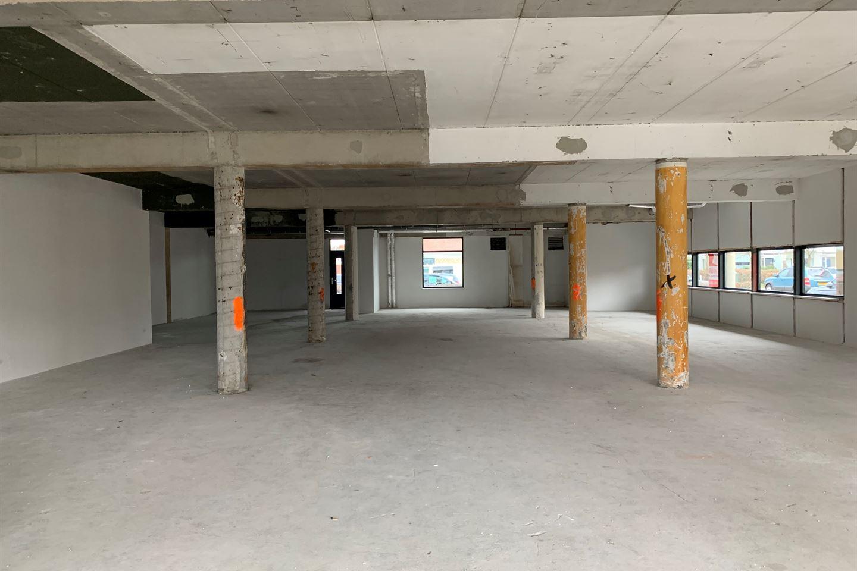 Bekijk foto 5 van Winkelcentrum De Schoof 240