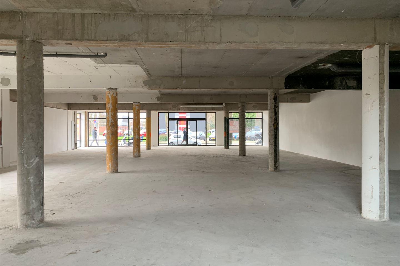 Bekijk foto 4 van Winkelcentrum De Schoof 240