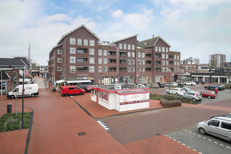 Bekijk foto 2 van Markt 80