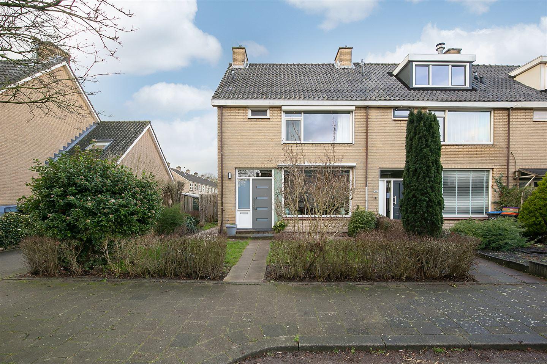 Bekijk foto 1 van Couperusstraat 32