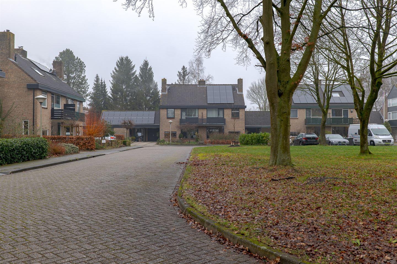 View photo 2 of De Vos van Steenwijkstraat 84