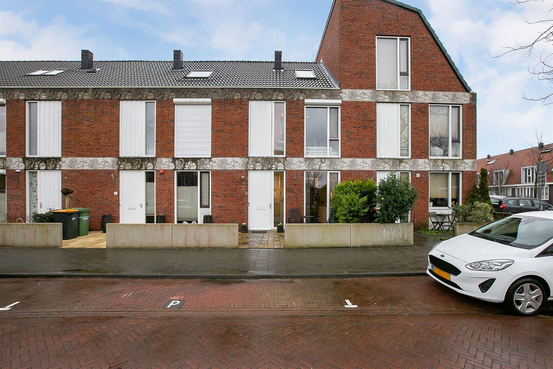 View photo 1 of Pieter van der Meulenlaan 3