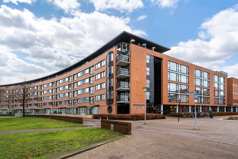View photo 1 of Kanaalstraat 348 *