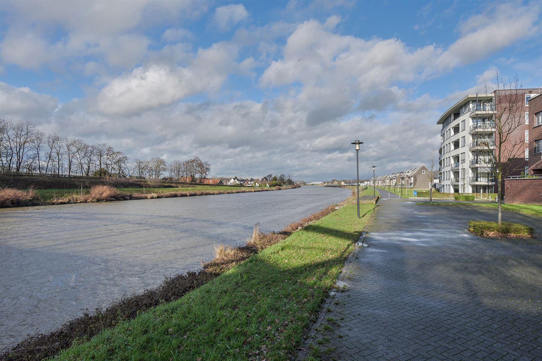 Bekijk foto 3 van Urmonderplein 41
