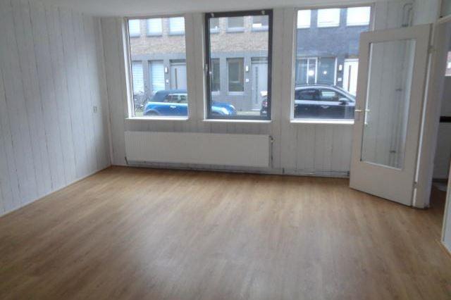 Bekijk foto 3 van Wijngaardstraat 77
