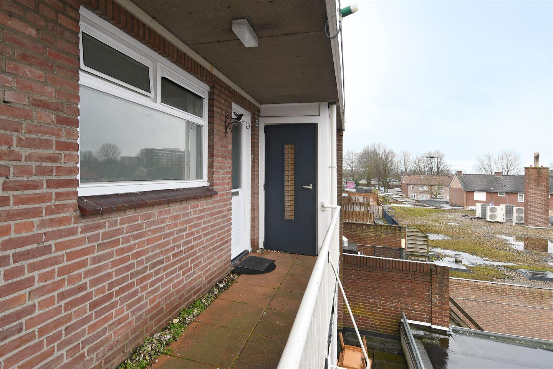 Bekijk foto 2 van Burgemeester van Hooffln 45