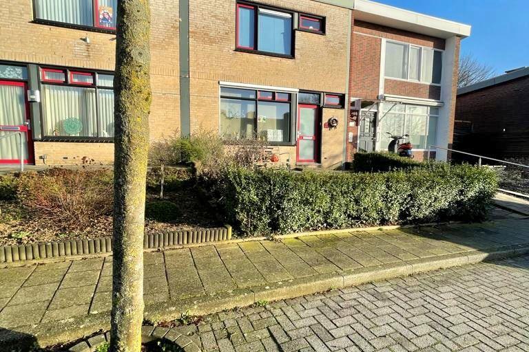 Bekijk foto 2 van Seringenstraat 13