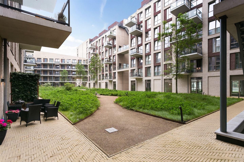 Bekijk foto 3 van Hofplein 50
