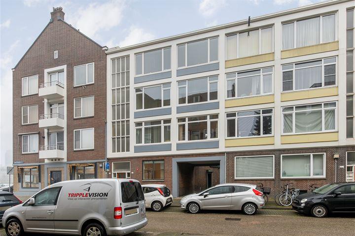 Prins Hendrikstraat 6 b