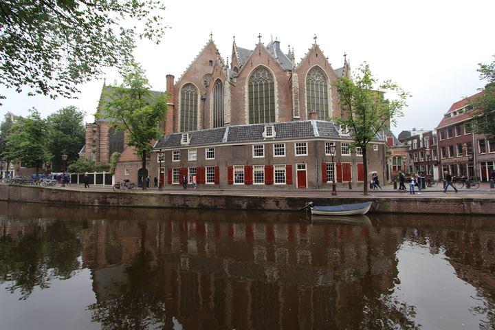 Oudezijds Voorburgwal 74, Amsterdam