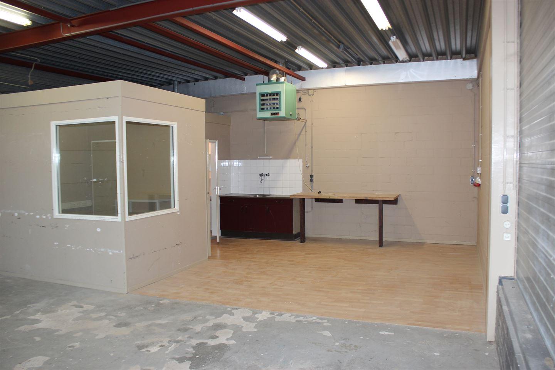 View photo 2 of Helmkamp 12