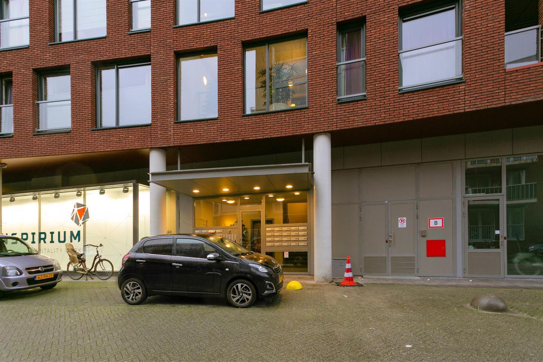 Bekijk foto 2 van Chabotstraat 58