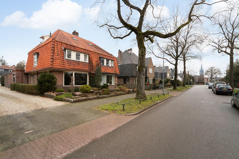 Bekijk foto 2 van Pieter de Hooghlaan 10