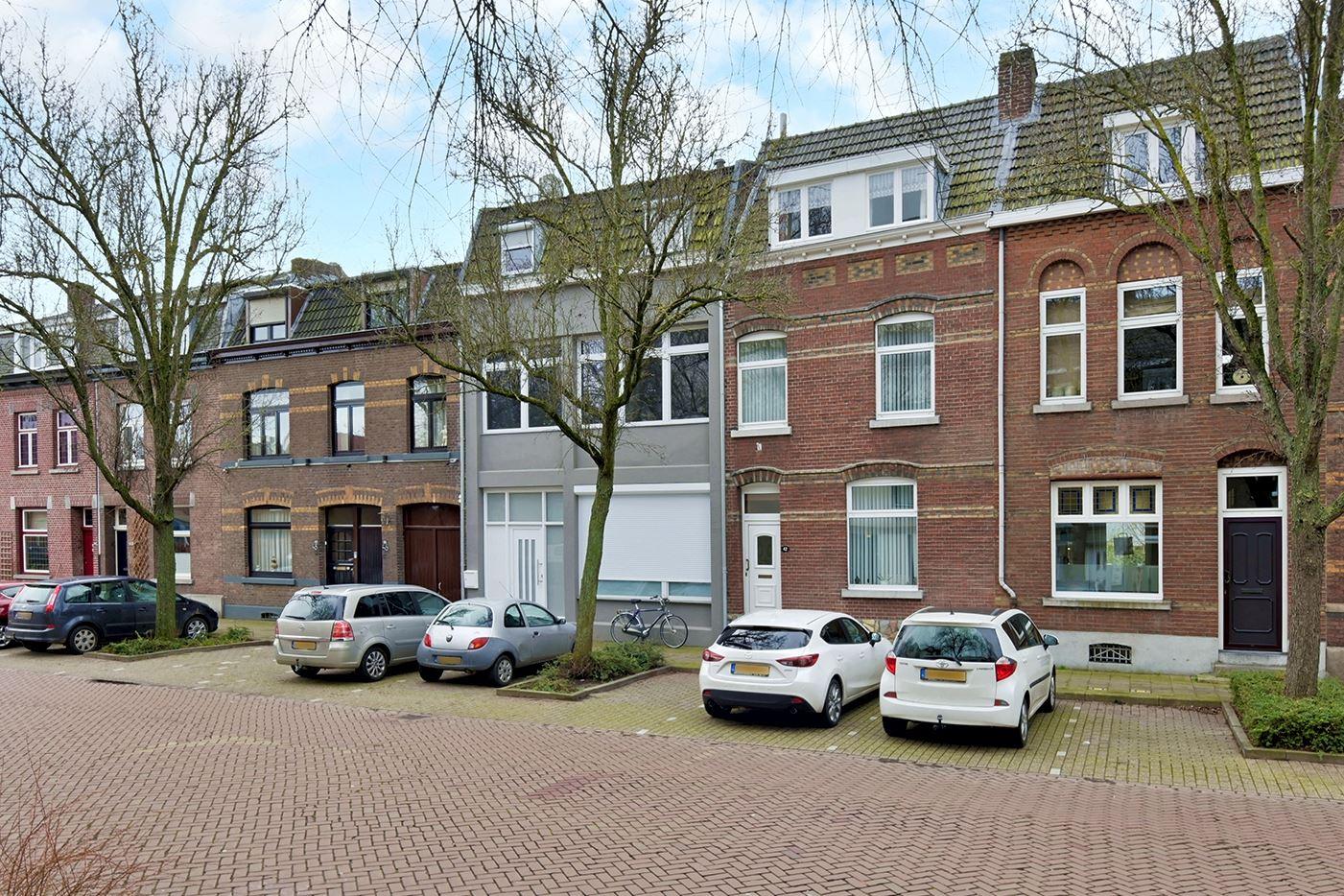 View photo 4 of Heerderweg 42