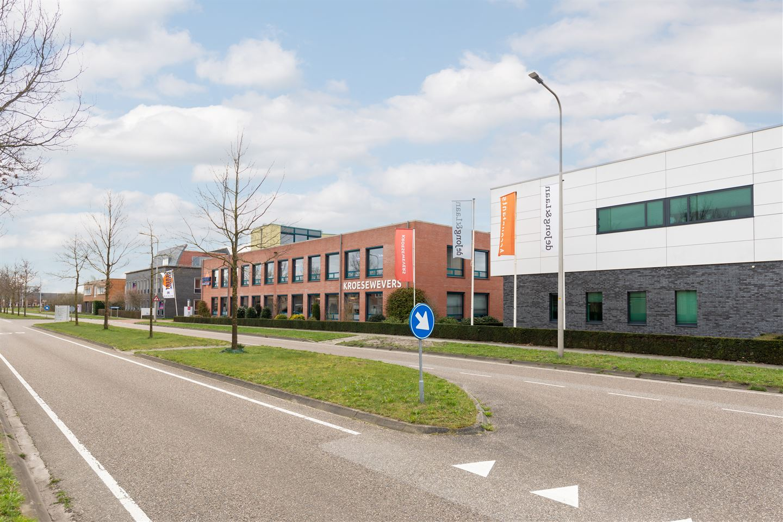 Bekijk foto 3 van Vrieswijk 1 *