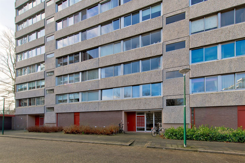 Bekijk foto 2 van Veenbesstraat 434