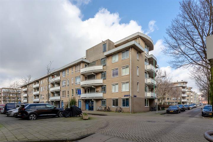 Jacob Burggraafstraat 21