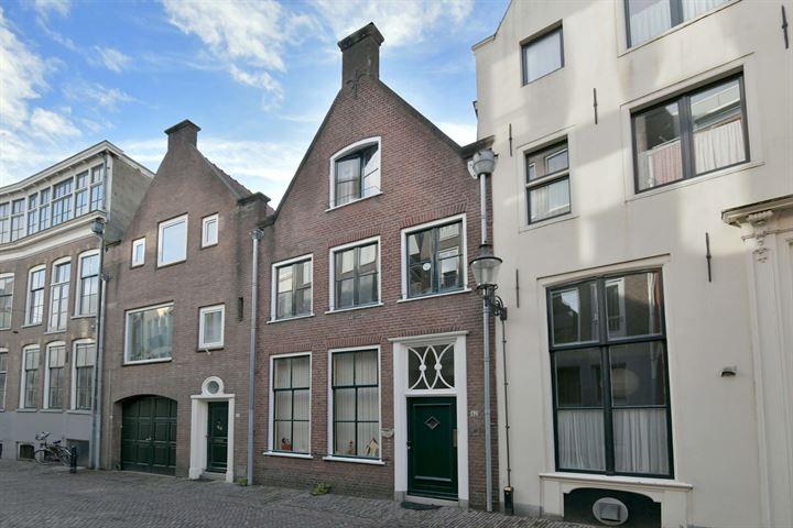 Polstraat 42
