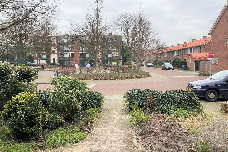 Bekijk foto 2 van Willem Barentszstraat 63