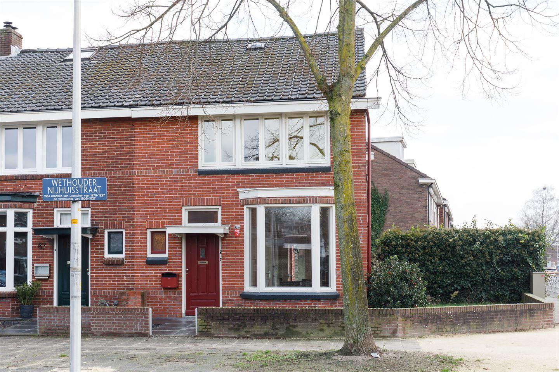 Bekijk foto 2 van Wethouder Nijhuisstraat 69