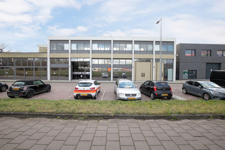 Bekijk foto 3 van Van der Madeweg 5