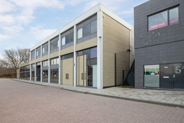 Bekijk foto 1 van Van der Madeweg 5