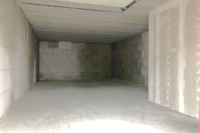 Bekijk foto 2 van Madame Curiestraat 7 c