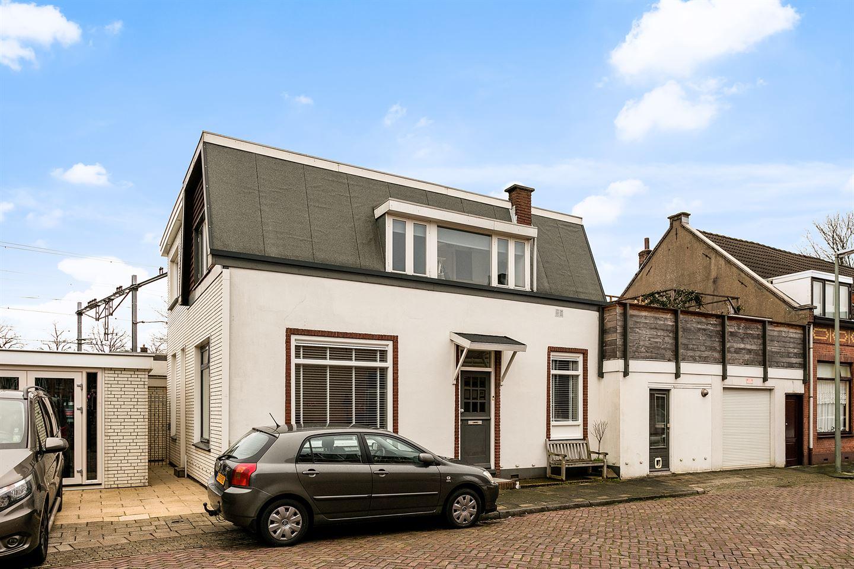 Bekijk foto 2 van Rozendwarsstraat 4