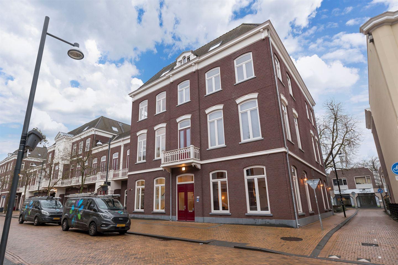 Bekijk foto 2 van Burgemeester van Nispenstraat 1 -08