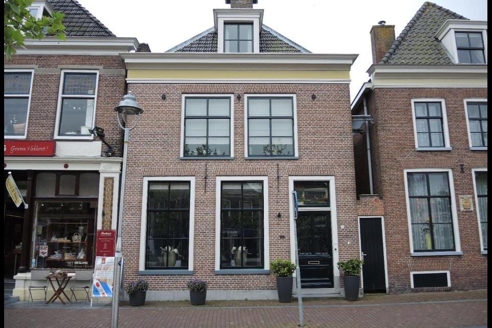 Bekijk foto 1 van Voorstraat 55 a
