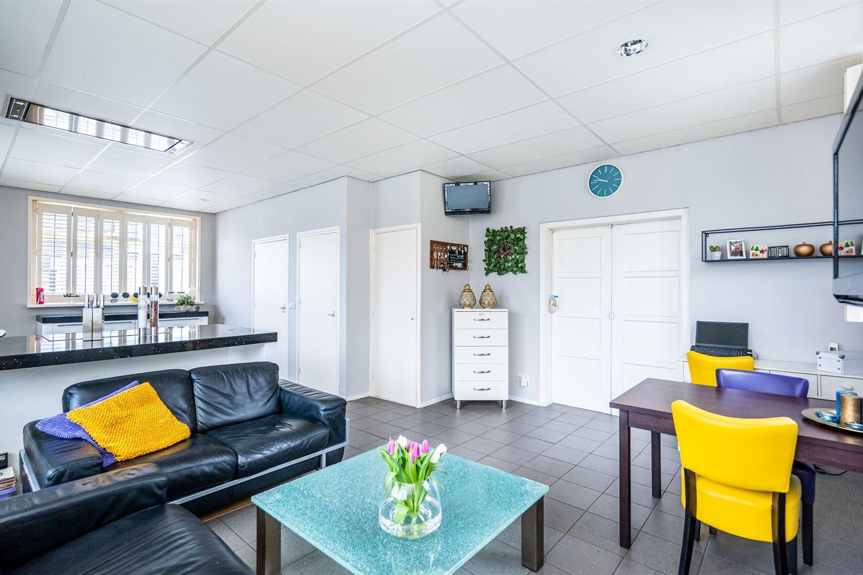 View photo 4 of Langeweg 23