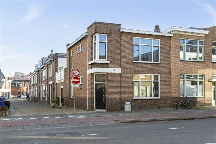 Hermusstraat 25