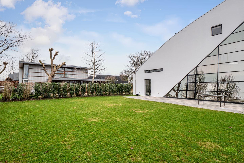 Bekijk foto 3 van Le Corbusierstraat 12