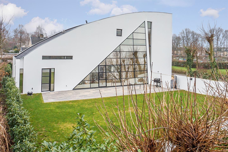 Bekijk foto 2 van Le Corbusierstraat 12