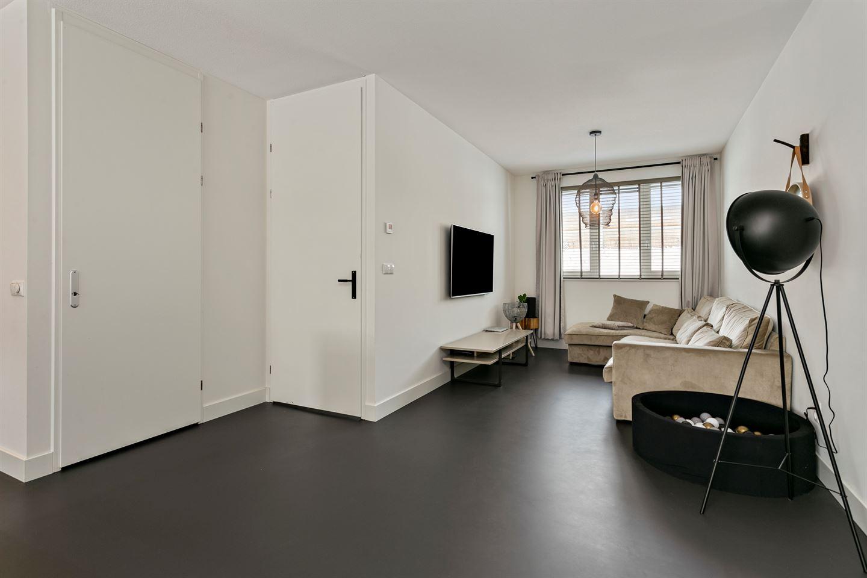 Bekijk foto 4 van Rhenoystraat 4