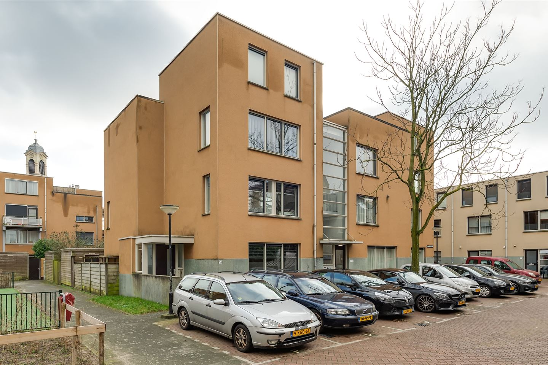 Bekijk foto 1 van Nieuwkerkstraat 54